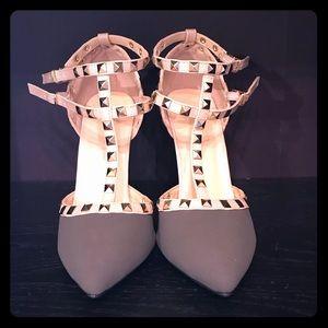 Wild Diva Size 7.5 Heels